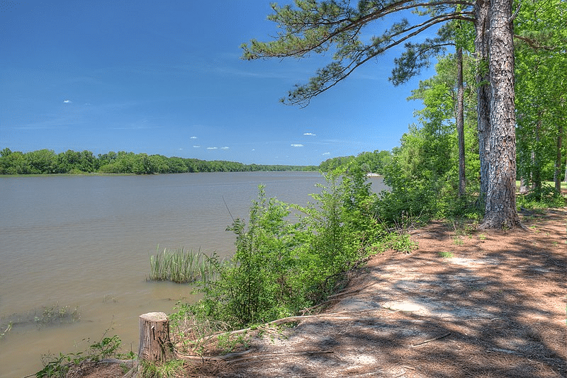 Lake Walter F. George