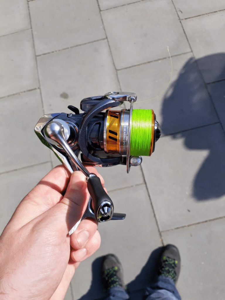 ultralight spinning reel with green line
